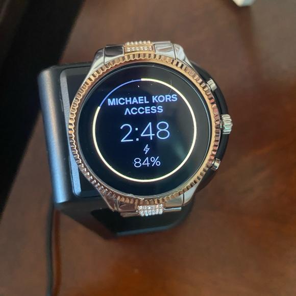 Mk touch screen watch